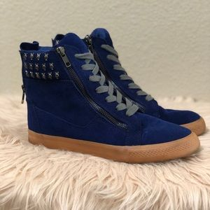 Royal blue Betsy sneakers